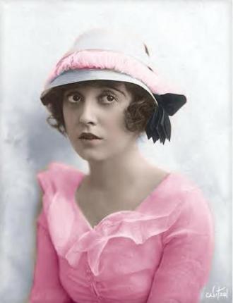 Elisa Chaplin